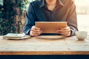 Tablet z modemem – poznaj zalety tego rozwiązania