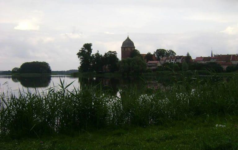 Ostatni dzień w mazurskich stronach… odkryj cudowne domki nad jeziorem