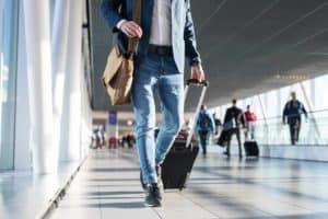 Jak wybrać walizkę na lata?