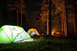 Jak złożyć namiot samorozkładający?