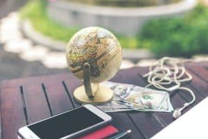 Kiedy rezerwować wakacje, żeby było najtaniej?