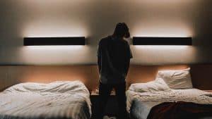 Czy nieletni mogą sami korzystać z hoteli?