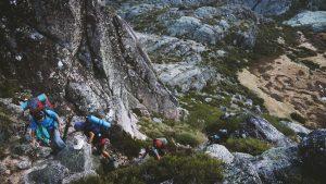 Wygodny dla początkujących sprzęt alpinistyczny i wspinaczkowy