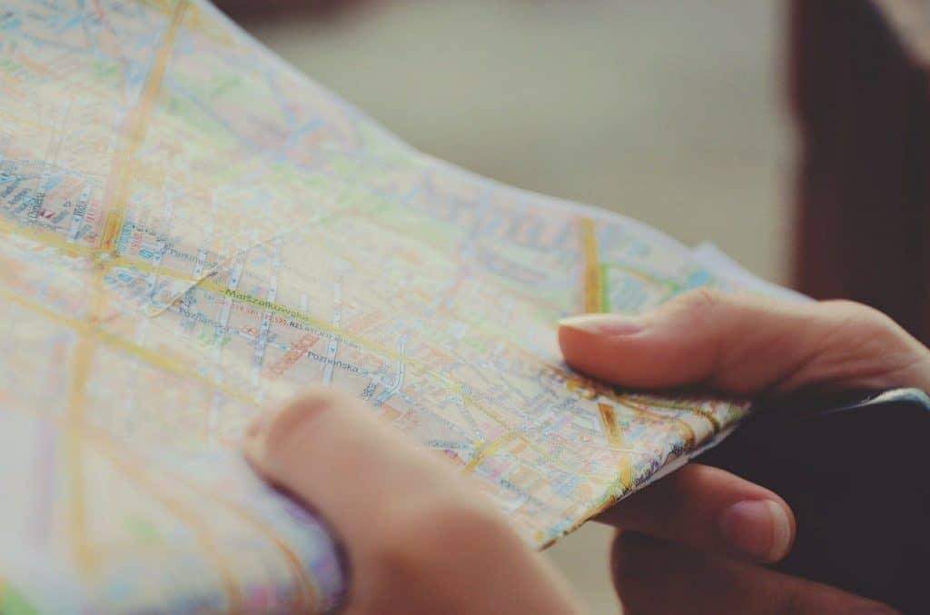 Gdzie wyjechać na wycieczkę jednodniową – 12 miejsc, które warto odwiedzić